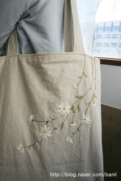 Hand Embroidery and Its Types - Embroidery Patterns Embroidery On Clothes, Embroidery Bags, Cute Embroidery, Hand Embroidery Stitches, Embroidery Fashion, Silk Ribbon Embroidery, Hand Embroidery Designs, Modern Embroidery, Sacs Tote Bags