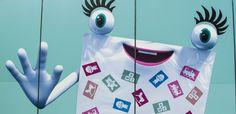 Hallo Welt und herzlich willkommen auf dem Blog von Blue Face Media! Wir leben und lieben unsere Arbeit mit Facebook und Co., beschäftigen uns täglich mit Unternehmenskommunikation, KPI´s und Conversion-Optimierung (ein paar anderen Buzzwords). Wir sind für unsere Kunden stets Feuer und Flamme wenn es um Planung und Umsetzung ihrer Werbe-Kampagnen geht und nehmen viele Learnings