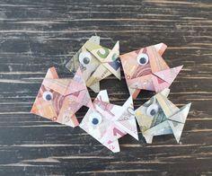 Geldschein falten Fisch - Fertiger Geld-Fisch aus gefaltetem Geld