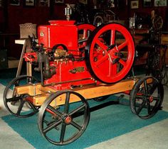 International Famous Hit & Miss gasoline engine at the Horseless Carriage Museum