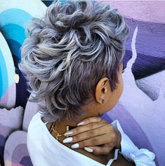 Style from of Like the River Salon Atlanta, Georgia ・・・ A colorful Monday with Short Sassy Hair, Short Hair Cuts, Pixie Cuts, Back Of Short Hair, Long Hair, Mohawk Hairstyles, Black Hairstyles, 27 Piece Hairstyles, Curly Mohawk