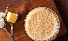 Bulletproof Coffee: Benefits, Side Effects, and Recipe - Fitwirr Weight Loss Meals, Weight Loss Smoothies, Healthy Smoothies, Smoothie Recipes, Healthy Food, Healthy Nutrition, Drink Recipes, Healthy Meals, Ketogenic Coffee