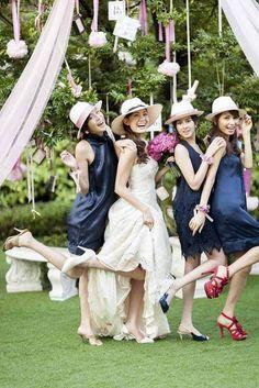 結婚式場写真「フォトブースを用意してブライズメイドと盛り上がろう!」 【みんなのウェディング】