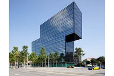 Dominique Perrault Architecture - Diagonal 123 office building