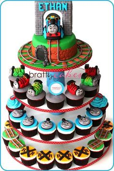 Thomas and Friends Cake&Cupcake Tower Train Birthday Cupcakes, Thomas Birthday Cakes, Train Cupcakes, Thomas Birthday Parties, Thomas The Train Birthday Party, Trains Birthday Party, Cupcake Cakes, Train Party, 3rd Birthday