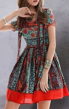 Love these Colors! Vintage Floral Short Sleeve Flare Dress #Vintage #Style #Dress #Fashion #Trends