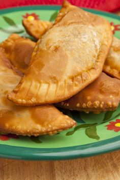 Pastelillos are the Puerto Rican version of empanadas. Puerto Rican Empanadas, Pork Empanadas, Empanadas Recipe, Puerto Rican Pasteles, Puerto Rican Dishes, Puerto Rican Cuisine, Puerto Rican Recipes, Fried Red Snapper, Sofrito Recipe