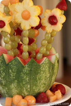 Fruit Arrangements Diy Awesome An Extremely Cool Mother's Day Idea Mirror Mirror – All About DIY Fruit Creations, Mothers Day Brunch, Edible Arrangements, Mom Day, Best Fruits, Fruit Art, Cute Food, Creative Food, Holiday Parties