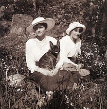 Grand Duchesses Tatiana and Anastasia and the black French bulldog Ortino in captivity at Tsarskoe Selo in the spring of 1917. Ortino was a gift from Dmitri Malama, an officer of the Imperial Russian Cavalry. Tatya was fond of him, accepted the pet, wrote her mother a letter explaining why she had to keep him. Ortino went with the family to their end.