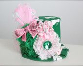 Irish Princess St. Pattys Day Inspired Mini Top Hat Headband (or fascinator) - Perfect St Patricks Day Parade or Birthday Photo Prop