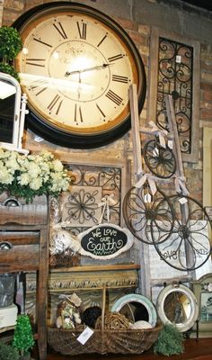 Large clock for Wall. At least as big as Lisa's Clock                                                                                                                                                                                 More