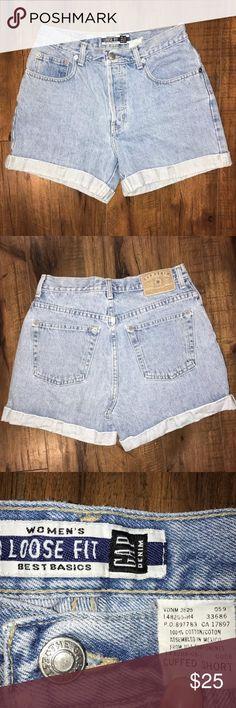"Vintage High-Waist Mom Jean Shorts Gap Denim •Material- 100% Cotton •Inseam- 3.25"" •Waist- 13.75"" •Rise- 10.5"" GAP Shorts Jean Shorts"