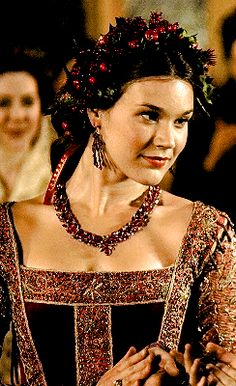Anne of Cleves Queen of England, The Tudors Anne Of Cleves, Anne Boleyn, Tudor Series, The Rest Is Silence, Los Tudor, The Tudors Tv Show, Tudor Monarchs, Dark Green Aesthetic, Joss Stone