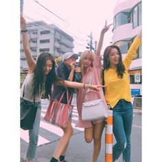 "163 Likes, 1 Comments - @yolanda31938 on Instagram: ""#T_ARA 👑 Qri Twitter Update @qtfreet 내일( 5일) 오전 7시 57분에 #내이름은 티저 공개 되요!! 윳후😘  #comeback  #티아라…"""