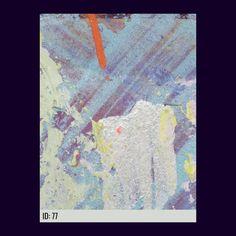 Wusstest Du, dass Du Deine Favoriten-Bilder auf I LAUGH YOU! passend zum Sofa anordnen kannst? Die Farbe des Sofas ist individuell anpassbar. Die Bilder sind Kunstdrucke und können auf unserer Website bestellt werden. Du erhältst einen einzigartigen Kunstdruck in den Dimensionen 60x80cm zu Dir Nachhause geliefert. #digitalart #modernart #photographyart #oilpainting #dtsqr #ilaughyouart #abstractartwork #makrofotografıe #internetart #internetartist #artwork #artprint #abstractart