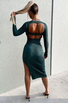 White Midi Dress, Green Dress, Black Heels, Knit Dress, Blue Dresses, My Style, Stylish, Side Split, Sleeves