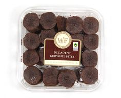 These decadent brownie bites from BJ's are made with #FairTrade cocoa and sugar. Perfect for #MothersDay. #FairMoms