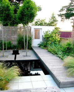 Spannend ontwerp voor stadtuin van slechts 40 m2. – TUINENSTRUINEN.ORG