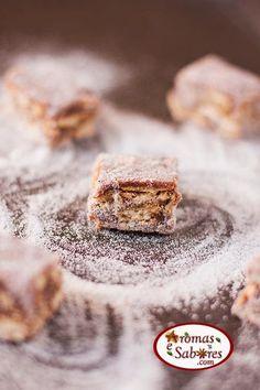 Palha italiana de nutella Different Recipes, Other Recipes, Sweet Recipes, Churros, Fudge, Just Desserts, Dessert Recipes, Portuguese Desserts, I Love Food