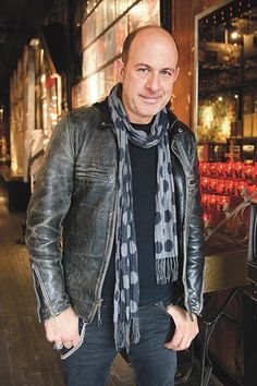John Varvatos - A REALLY VERY GREAT DESIGNER! HIS DESIGNS´RE ALWAYS STYLISH & LOOK COOL