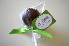 Cake Pops with DIY Mini Tags - perfect for a party favor for any party or shower! #partyfavor