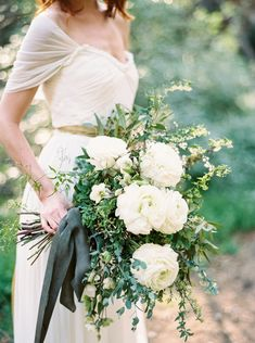 Elegant & Organic Mountain Bridal Inspiration via Magnolia Rouge
