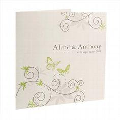 """Einladungskarte """"Sofie"""" - Die Hochzeitskarte mit Ranken und Schmetterlingen versprüht einen fröhlichen Charme"""