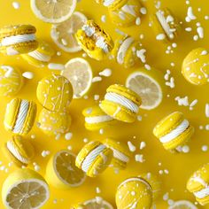 Learn how to make these gorgeous lemon meringue macarons with a chocolate splatter! Learn how to make these gorgeous lemon meringue macarons with a chocolate splatter! Lemon Meringue Cheesecake, Meringue Frosting, Meringue Desserts, Buttercream Recipe, Macaron Video, French Macaroon Recipes, Cookie Recipes, Dessert Recipes, Cupcake Recipes