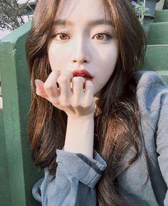 Pin on Ulzzang Mode Ulzzang, Ulzzang Korean Girl, Cute Korean Girl, Ulzzang Girl Selca, Uzzlang Girl, Girls Tumblrs, Girl Korea, Brunette Girl, Korean Makeup