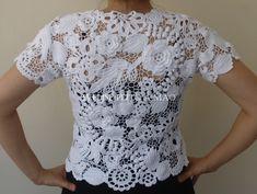 Resultado de imagem para aplicações em croche para blusas