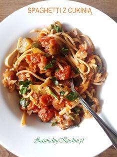 Spaghetti with zucchini and chilli - Recipes - Makaron Chilli Recipes, Spaghetti, Penne, Japchae, Noodles, Zucchini, Veggies, Chicken, Cooking