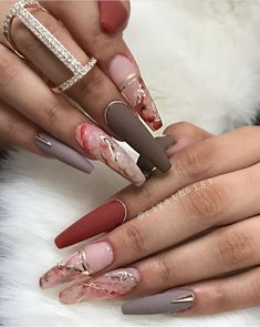 Want to add more style to your acrylic nails? Matte acrylic nails are the perfect texture addition. Check out some of our favorites for inspo! Dope Nails, Glam Nails, Stiletto Nails, Beauty Nails, Salon Nails, Nail Salons, Matte Acrylic Nails, Acrylic Nail Designs, Nail Art Designs