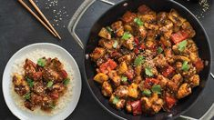 General Tao Chicken Perfectly balance your plate: Serve with 1 cup rice and 1 cup steamed veggies. General Tao Chicken, Poulet General Tao, Chicken Recipes, General Tao Recipe, Epicure Steamer, Epicure Recipes, Clean Eating Chicken, Low Sodium Soy Sauce, Pepper