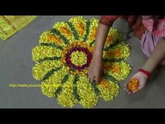 Easy Rangoli Designs Diwali, Rangoli Designs Flower, Rangoli Ideas, Rangoli Designs Images, Diwali Rangoli, Flower Rangoli, Beautiful Rangoli Designs, Simple Rangoli, Flower Designs