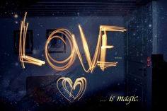 Pensamientos,desabafos e simplesmente eu..: love is magic