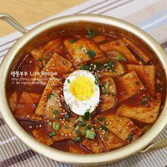 분식집 갈필요없어~ 떡볶이 황금레시피 – 레시피 | 다음 요리 K Food, Asian Recipes, Ethnic Recipes, Korean Food, Food Design, Soups And Stews, Curry, Brunch, Cooking Recipes