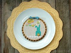 Spring Treats & Drink Recipes to help you kick off the warmer months! Beautiful cocktails & delicious dessert ideas you don't want to miss. Brunch Places, Spring Treats, Here Comes Peter Cottontail, Craft Stash, About Easter, Embroidery Hoop Art, Easter Brunch, Easter Crafts, Altered Art