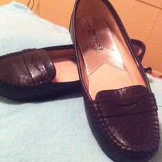 Micheal Kors loafers Black beautiful Michael Kors Shoes Flats & Loafers