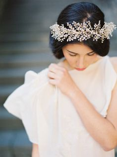 http://www.melindarosedesign.com/crystal-astilbe-flower-crown/