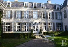 En Champagne, à 2 heures de Paris, élégant hôtel particulier du 18ème siècle - belles demeures - champagne-ardennes - Patrice Besse Châteaux et Demeures de France, agence immobilière spécialisée dans la vente de châteaux, demeures historiques et tout édifice de caractère