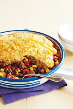 Impress your family tonight with Clean Eating's non-conventional chili topped with corn bread! This simple one-skillet dish uses both lean beef and black beans for a nourishing protein punch. CleanEatingis not a diet; it's a lifestyle approach tofood. Our magazine features delicious, healthy recipes and weight loss meal plans that highlight real foods and natural …