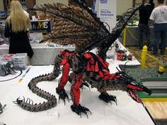 Can't really see if it's actual LEGO or not. Lego Mechs, Lego Bionicle, Legos, Lego Dragon, Lego Animals, Lego Club, Lego Pictures, All Lego, Cool Lego Creations