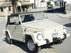 Mi VW Tipo 181 Safari.  Me lleva a todas partes.
