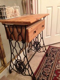 Ideas Sewing Machine Drawers Repurposed Antiques For 2019 Sewing Machine Drawers, Sewing Machine Projects, Sewing Machine Tables, Antique Sewing Machines, Sewing Tables, Sewing Cabinet, Repurposed Furniture, Painted Furniture, Furniture Makeover
