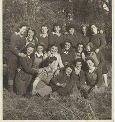 Forestry Memories Image Library = Margaret (Greta) Johnston–Women's Timber Corps