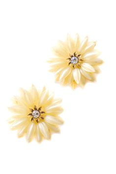 Vintage White Floral Clip-on Earrings from Sweet & Spark Vintage Costume Jewelry, Vintage Costumes, Vintage Jewelry, Clip On Earrings, Stud Earrings, Daisy Ring, Necklace Extender, Gold Accents, Vintage Designs