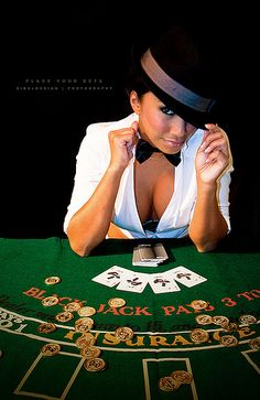 Casino jackpot is a very common slot machine game found in many casinos.