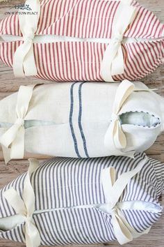Sewing Pillows Learn to sew custom pillows on your own with this tie closure tutorial. How To Make Pillows, Diy Pillows, Custom Pillows, Cushions, Sewing Pillows Decorative, Sewing Hacks, Sewing Tutorials, Sewing Crafts, Sewing Tips