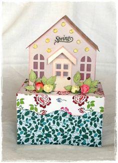 Geschenkbox  'Häuschen' von gislis-design auf DaWanda.com