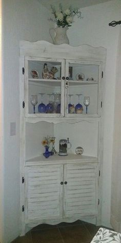 Country cottage corner cabinet hutch